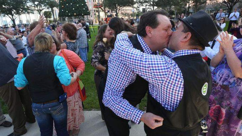 same sex marriage newspaper articles australian in St. Petersburg