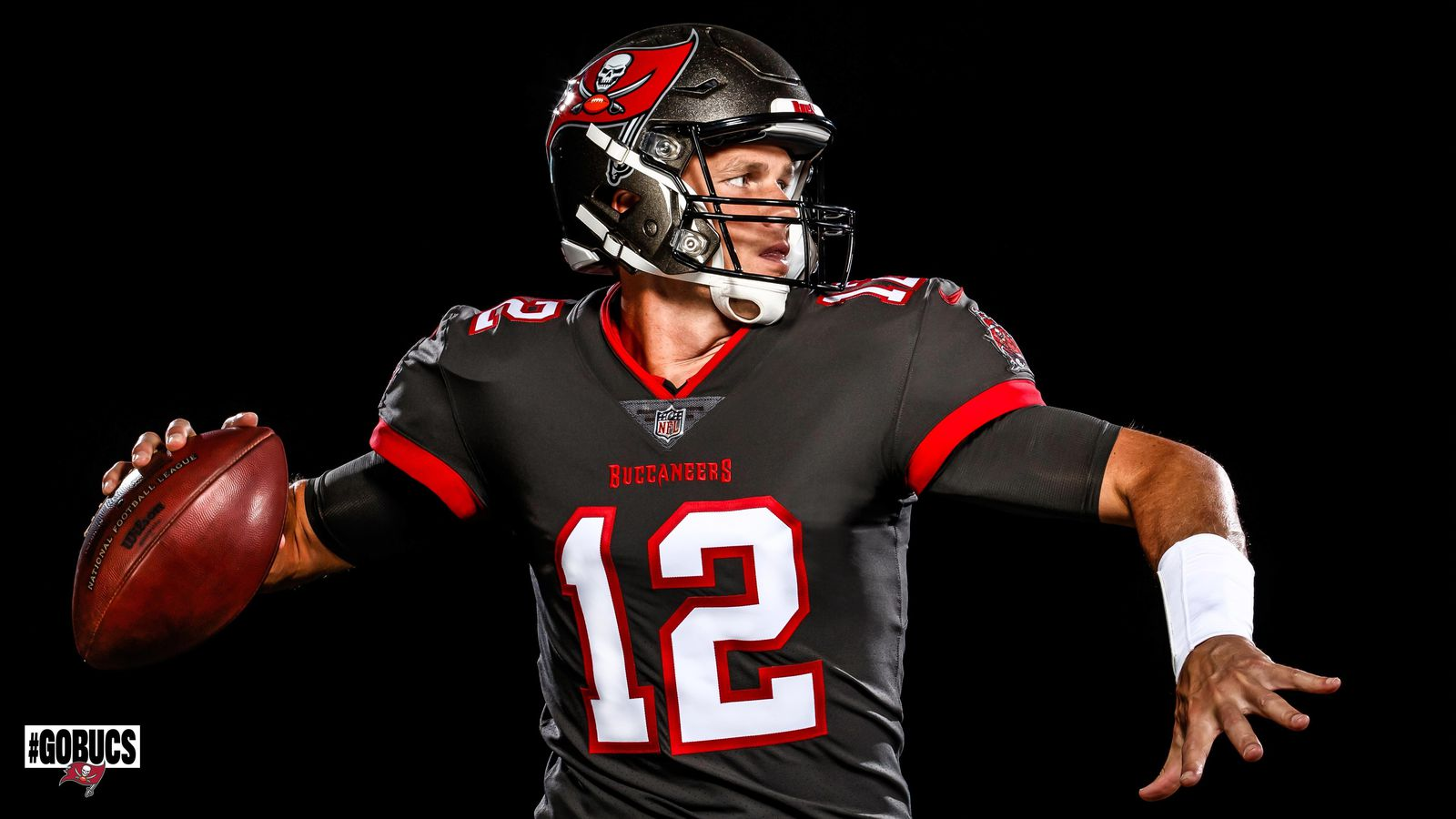 bucs unveil their first photos of tom brady in uniform photos of tom brady in uniform