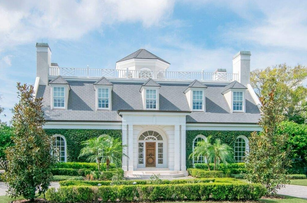 This home in Tampa's Culbreath Isles sold in October for $6.480 million, the second highest amount paid for a residential property in the Tampa Bay in 2017. [Courtesy of Judson Brady Photography]