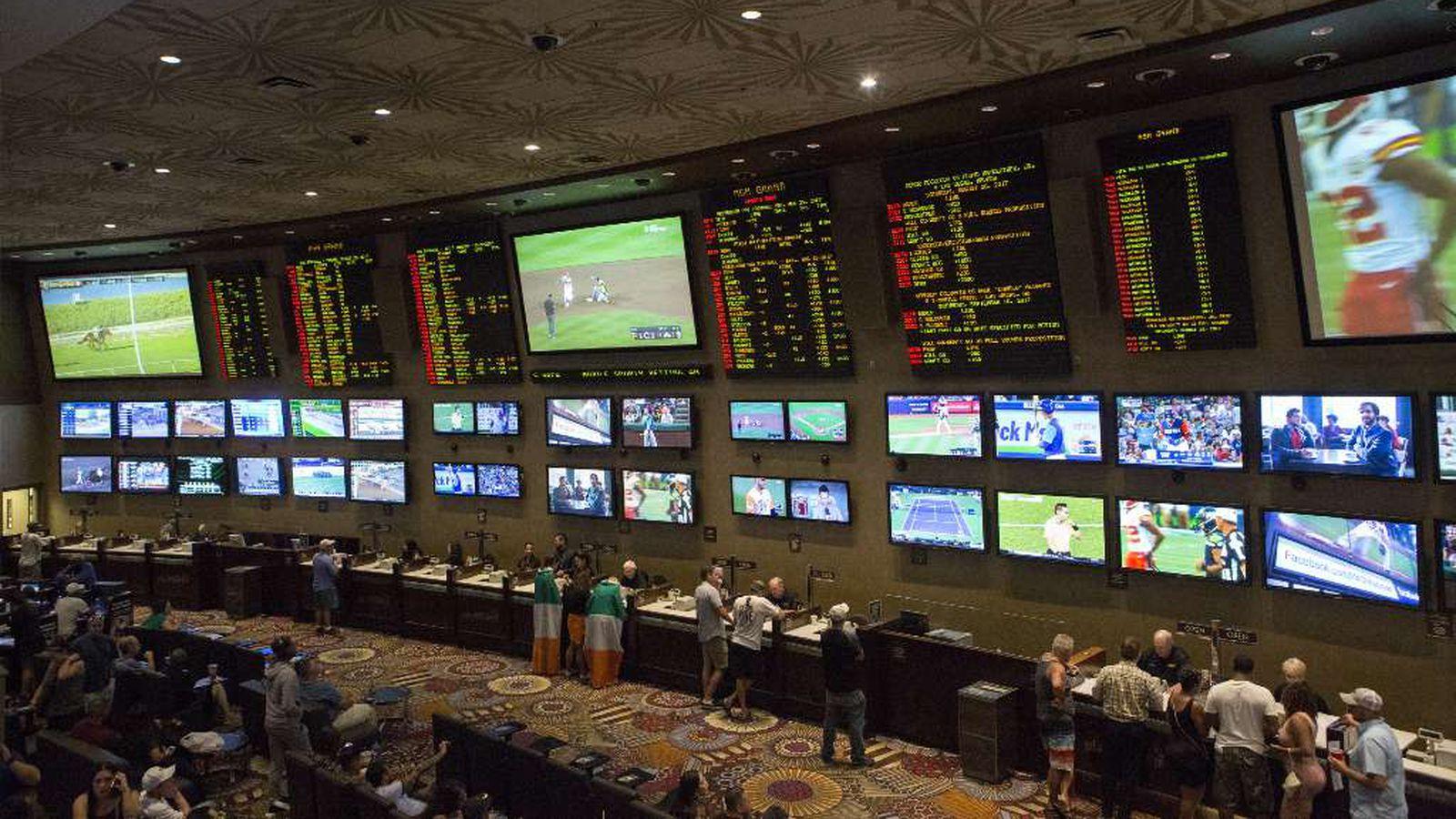 Cent sports betting sports betting strategies bookshelves