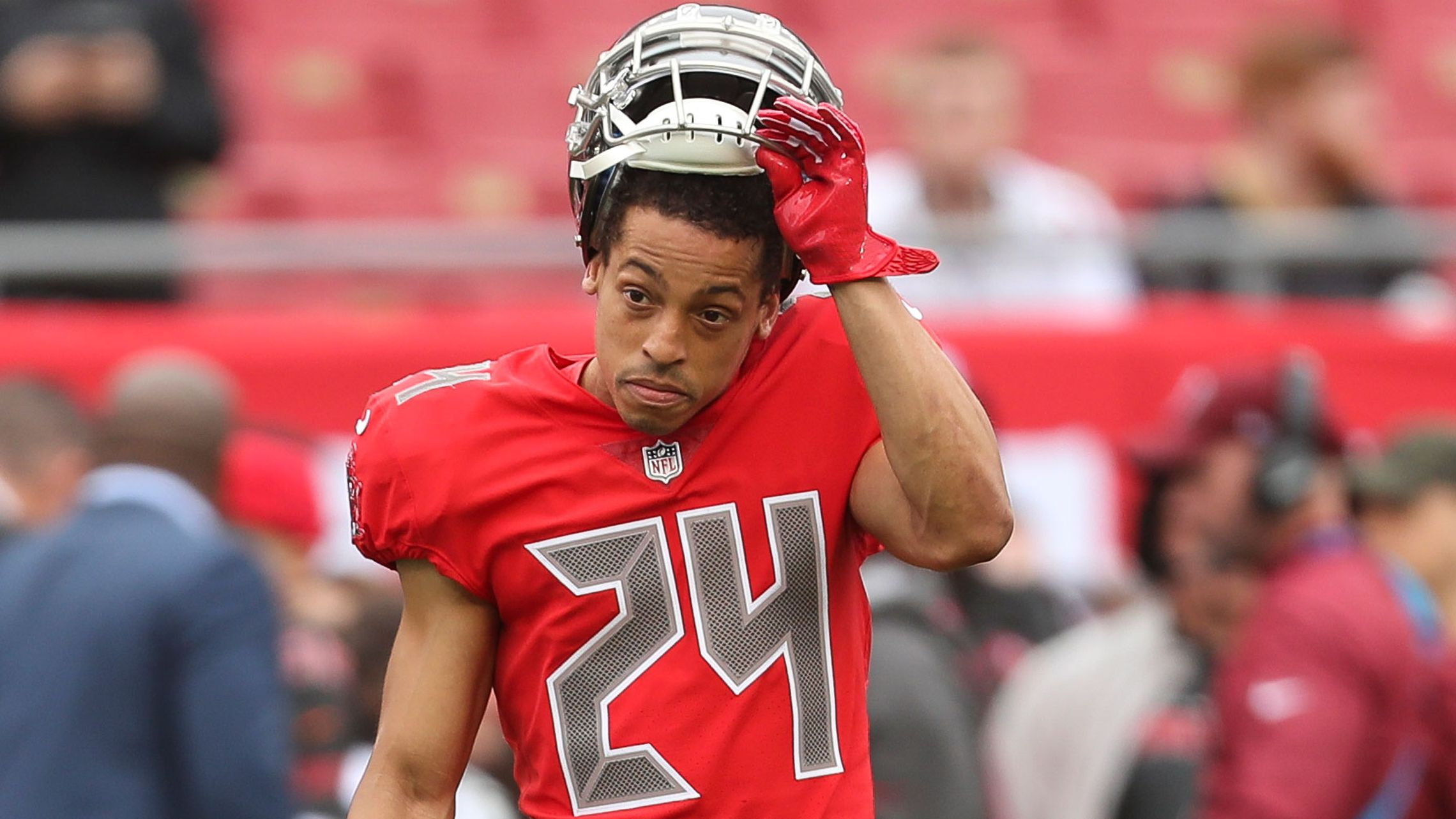 Brent Grimes says Bucs 'disrespected' him with low pay of $7 ...
