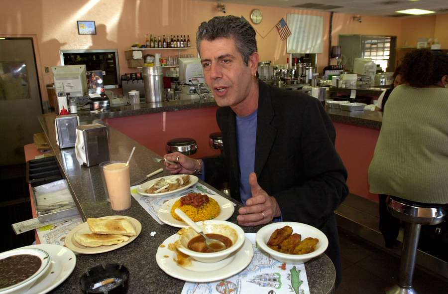 Anthony Bourdain, author, chef and Food TV star who's in town promoting his latest book stopped for lunch at La Teresita in Tampa on Tuesday 3/5/2002. [Times Photo by: Mike Pease]
