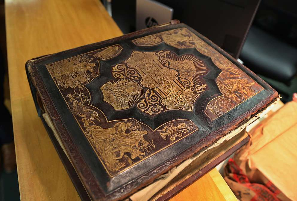 Defendant John Jonchuck's Bible that is in evidence at his murder trial in Pinellas County. SCOTT KEELER | Times