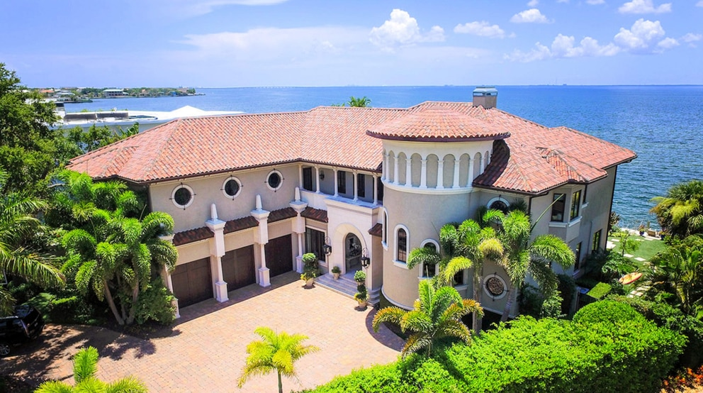 This bayfront home in South Tampa sold for $6.4 million. [Courtesy of Coldwell Banker]