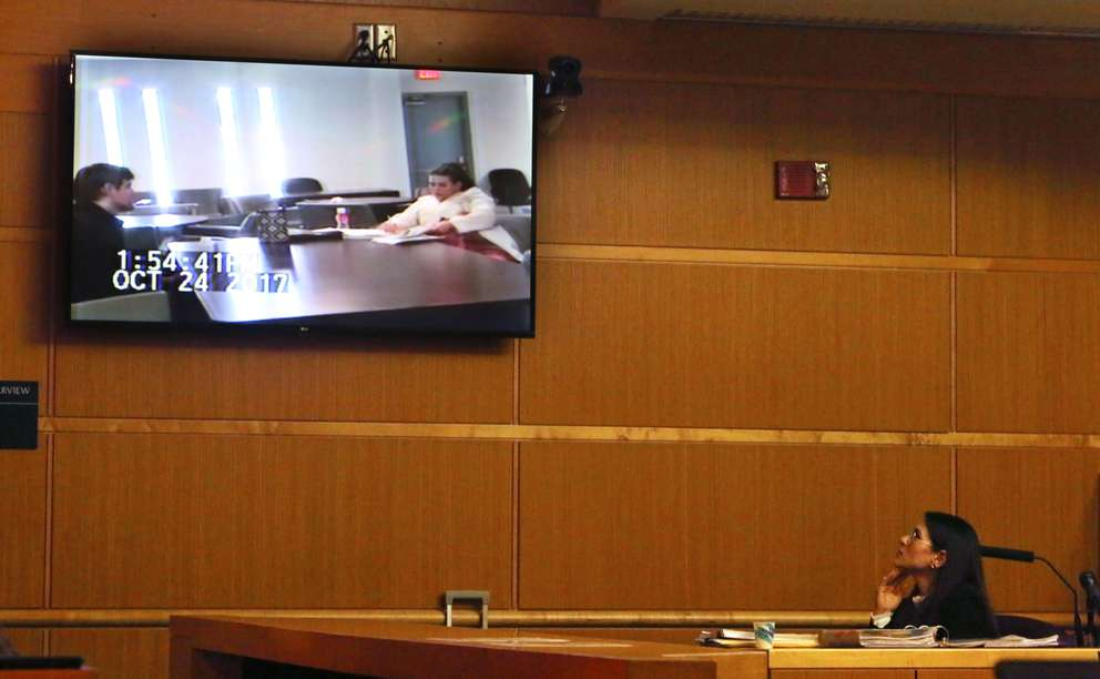 Psychiatrist Emily Lazarou watches a video of herself evaluating Jonchuck on October 24, 2017 at a state hospital. The video is part of the defense's cross-examination of Lazarou. [SCOTT KEELER | Times]