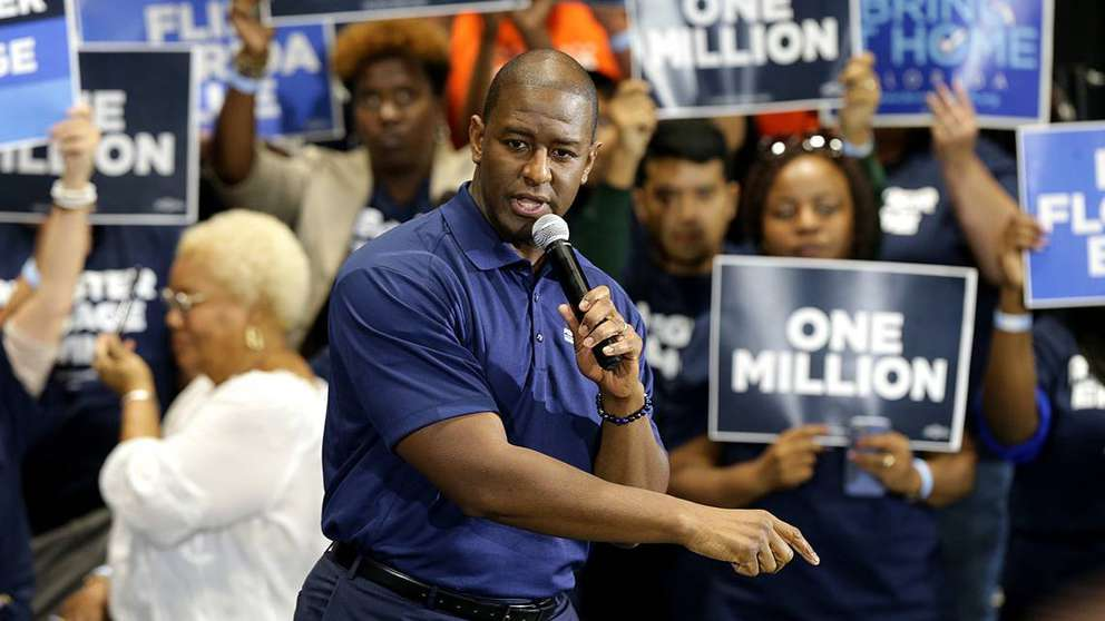 Former Democratic candidate for governor Andrew Gillum pledges to register and reengage with 1 million Democratic voters in 2020 during a March event in South Florida.