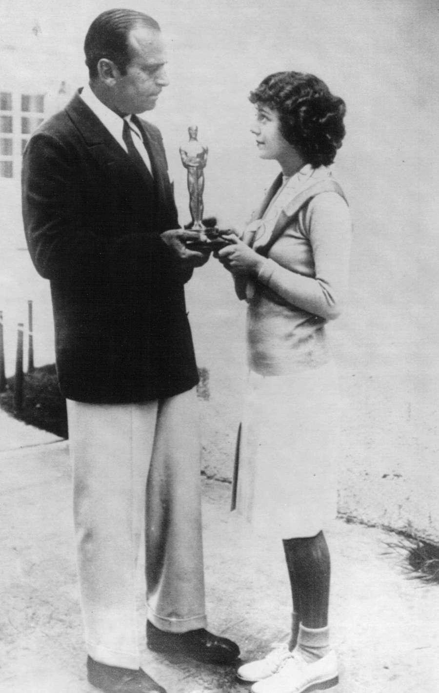 Janet Gaynor receives the 1929 Academy Award. Associated Press.
