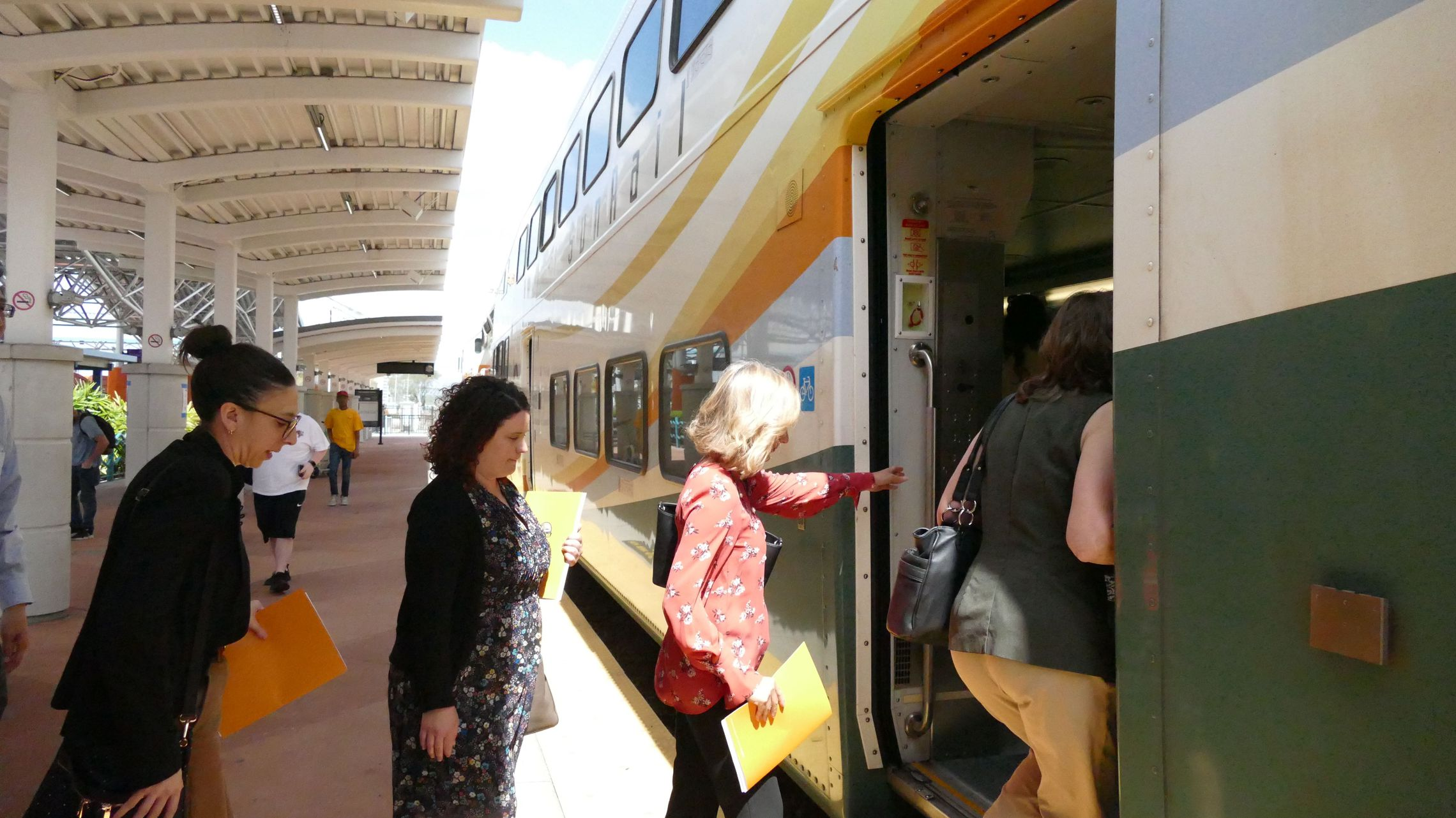 Hillsborough leaders tour Orlando's SunRail, hoping for a train of their own