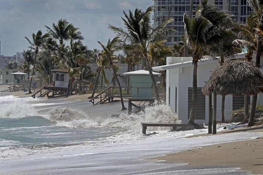 Flooding on Dania Beach on Tuesday. (Susan Stocker/South Florida Sun-Sentinel via AP)