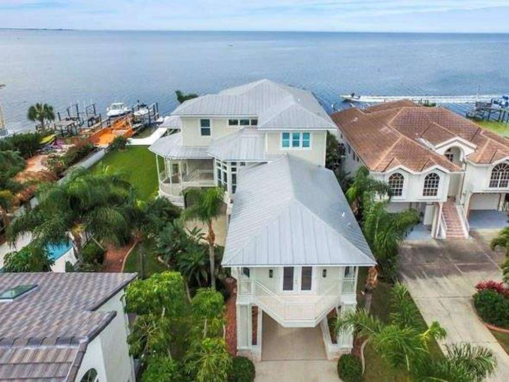 This home in the Gulf Harbors South Beach area of New Port Richey sold in 2018 for $1.1 million. [Courtesy of Rachel Gallagher]