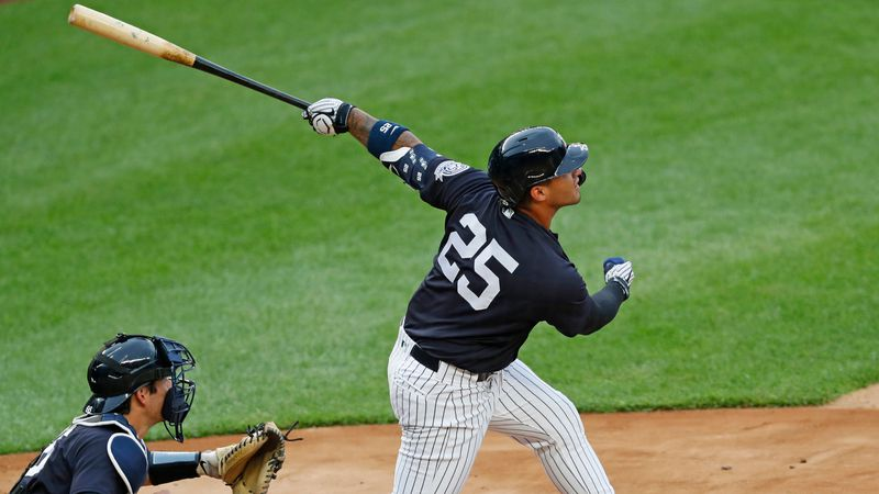 Yankees hold first intrasquad game