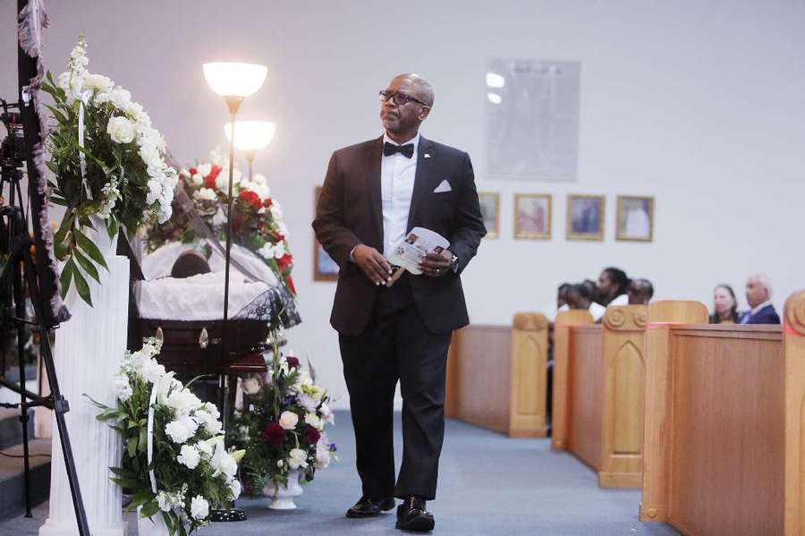 Kenneth Welch, a Pinellas County Commissioner, pays his respects attending the funeral for Markeis McGlockton at Shiloh Missionary Baptist Church in Largo. OCTAVIO JONES | Times