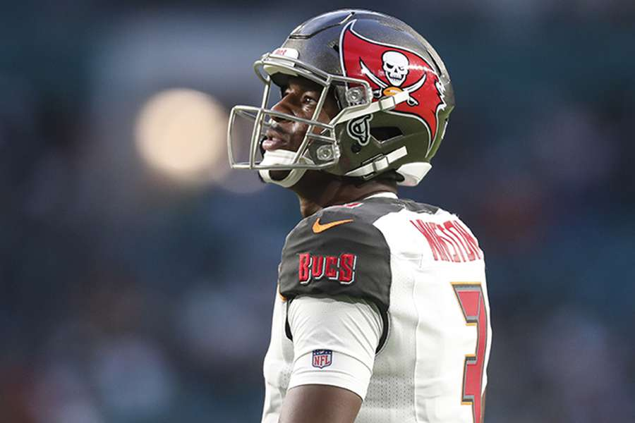 a7dfa8a04 Jameis Winston's salary cap hit is set to increase by $13 million in 2019.  [MONICA HERNDON | Times]