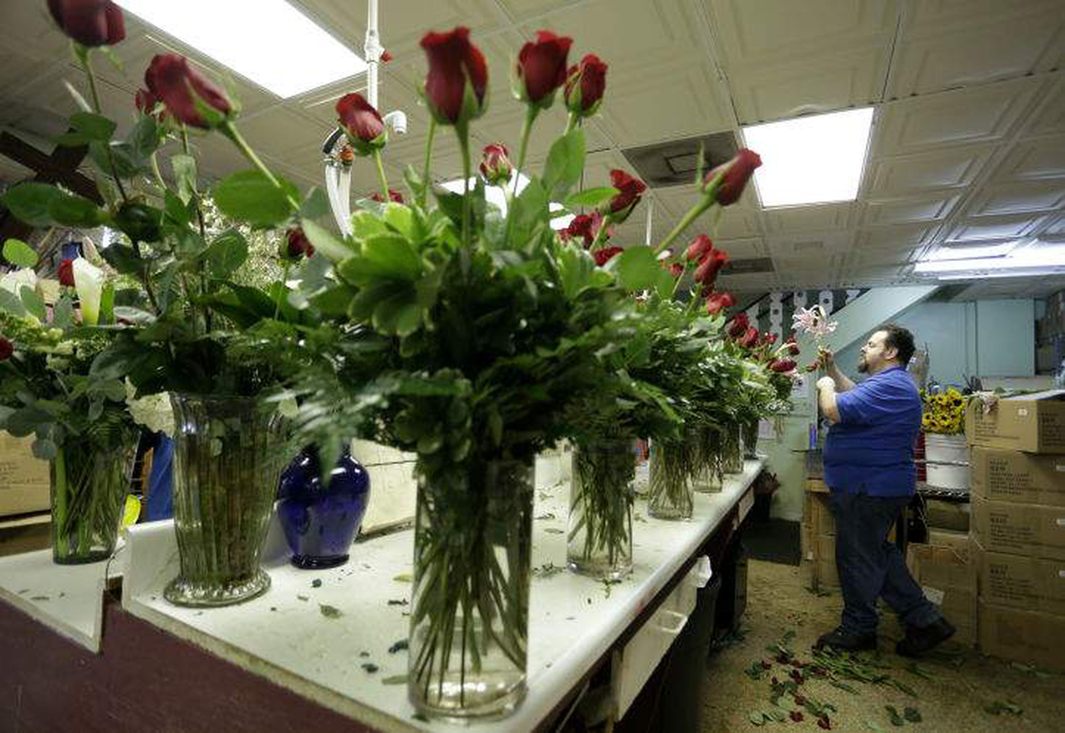 For Valentine S Day Americans Will Spend Billions On Roses