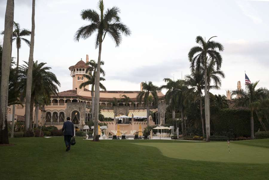 Secret Service claims there are no Mar-a-Lago visitor logs