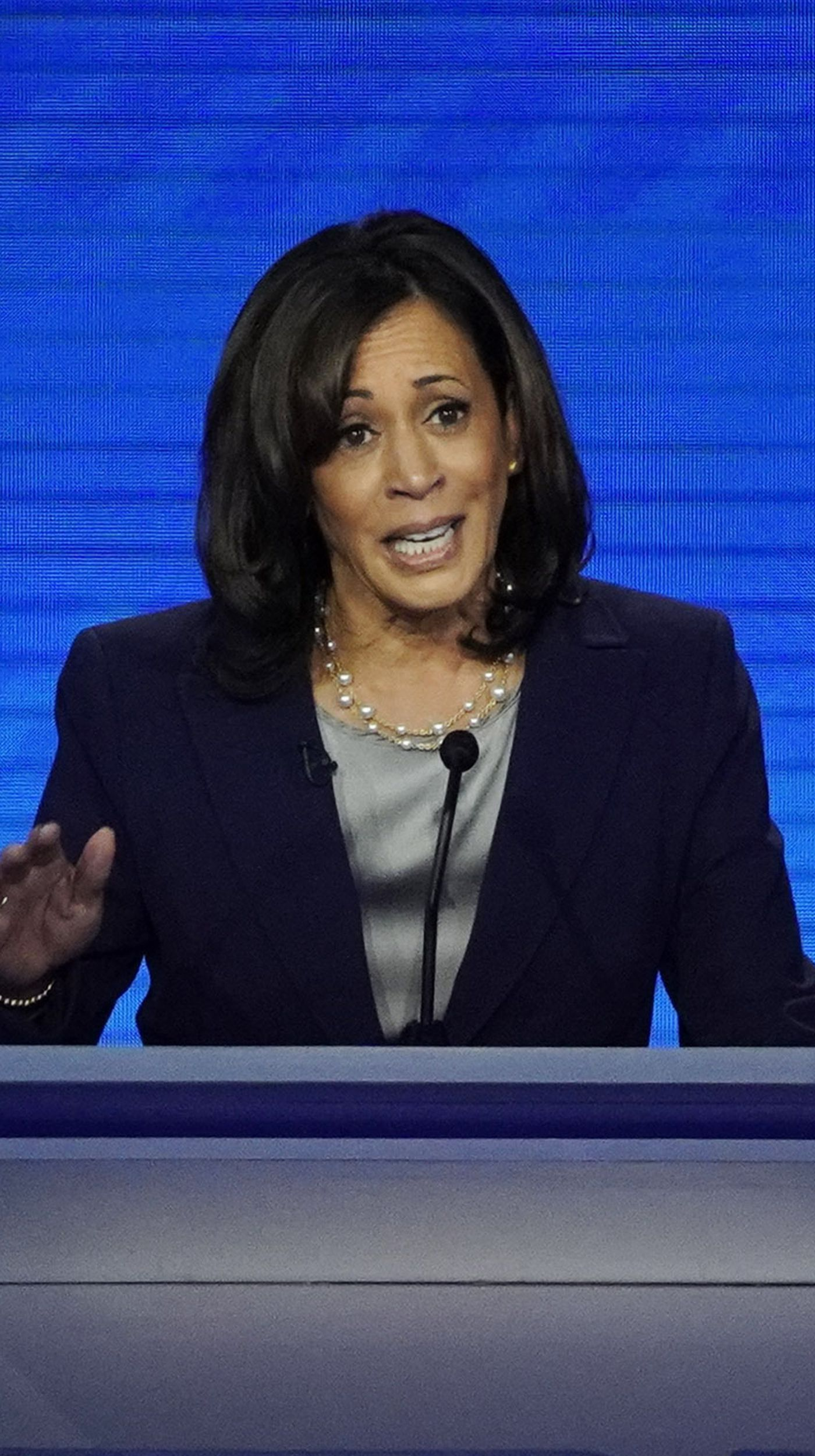 What Kamala Harris Thinks About Florida Issues Cuba Disaster Funding And The Aids Epidemic