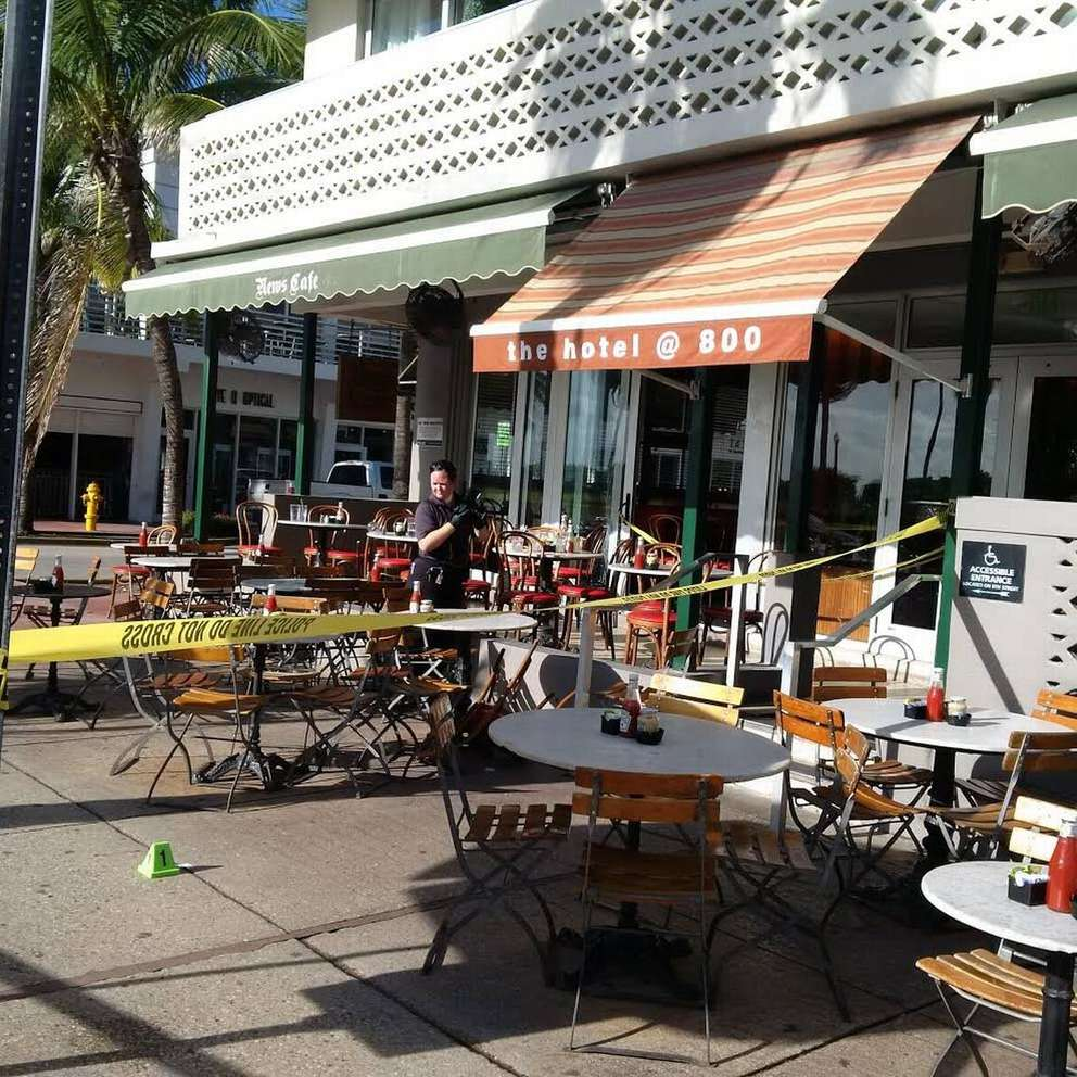Philip Levine opened his first office for OnBoard Media above the News Cafe on Ocean Drive in 1990. (Miami Herald)