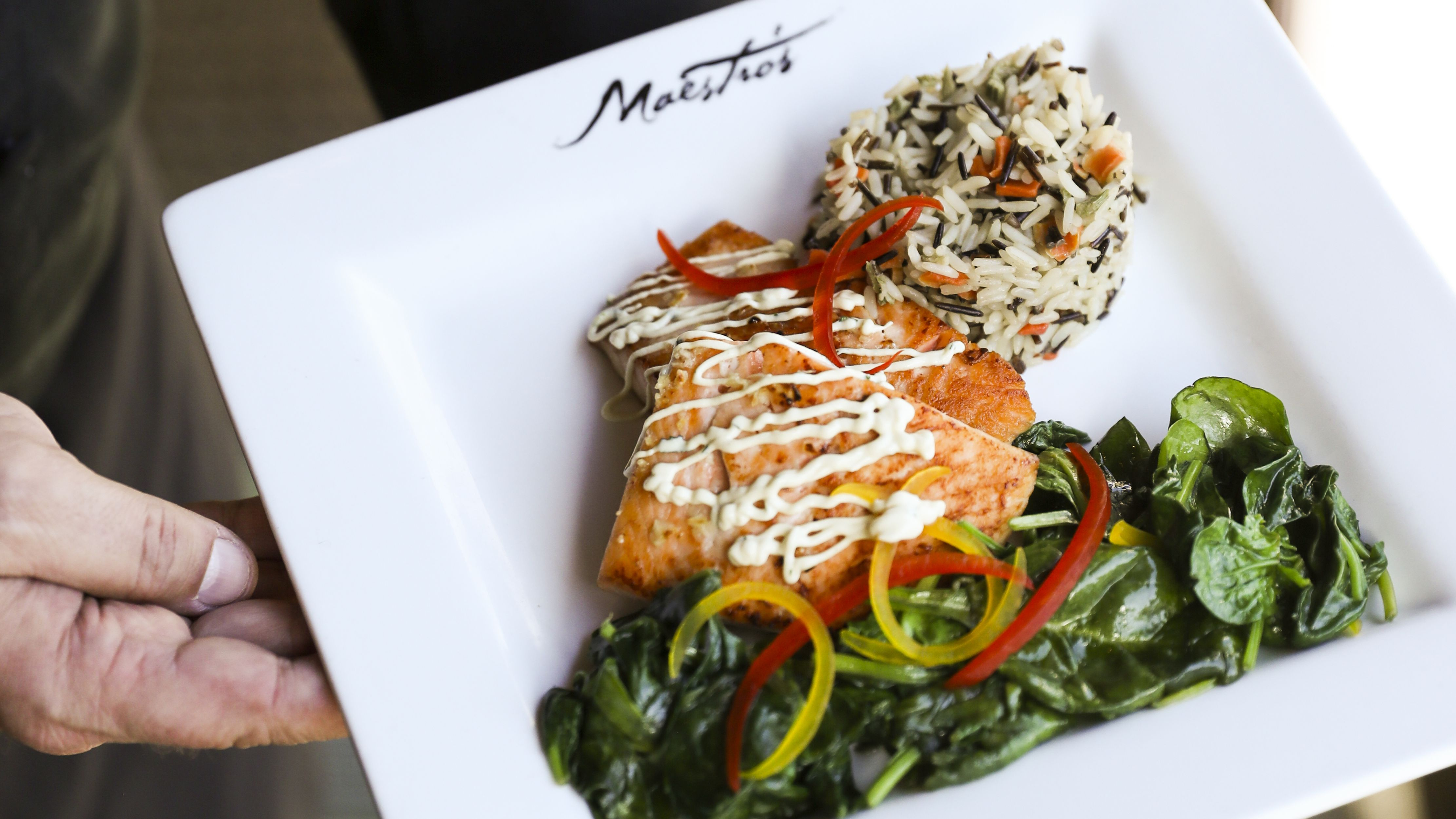 10 Places To Eat Near The Straz Center In Tampa
