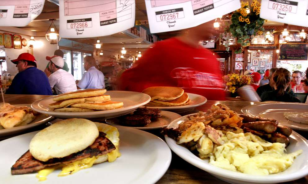 Plenty of breakfast offerings fill up the server station at Lenny's in Clearwater. SCOTT KEELER I Times (2006)
