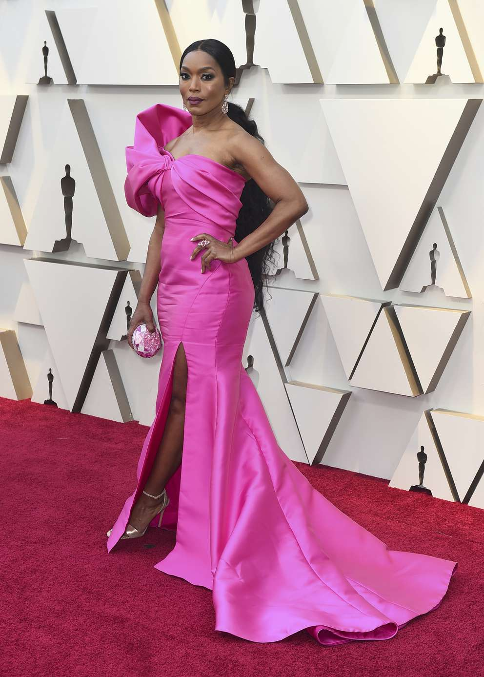 Angela Bassett arrives at the Oscars on Sunday, Feb. 24, 2019, at the Dolby Theatre in Los Angeles. Photo by Jordan Strauss/Invision/AP