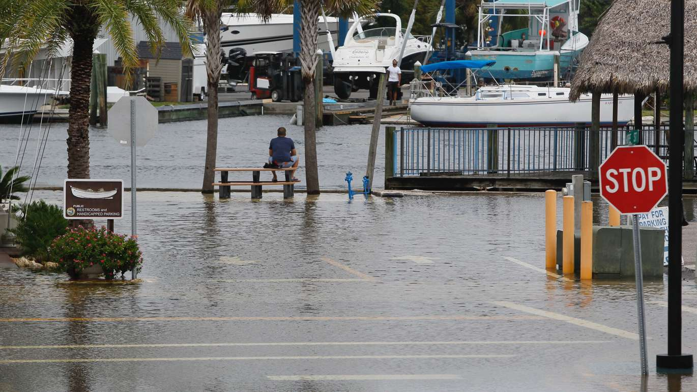 High tide from offshore hurricane Michael creeps up into the Sponge Docks in Tarpon Springs Wednesday afternoon 10/10/2018 after the Anclote River backs up. (Jim Damaske, Times)