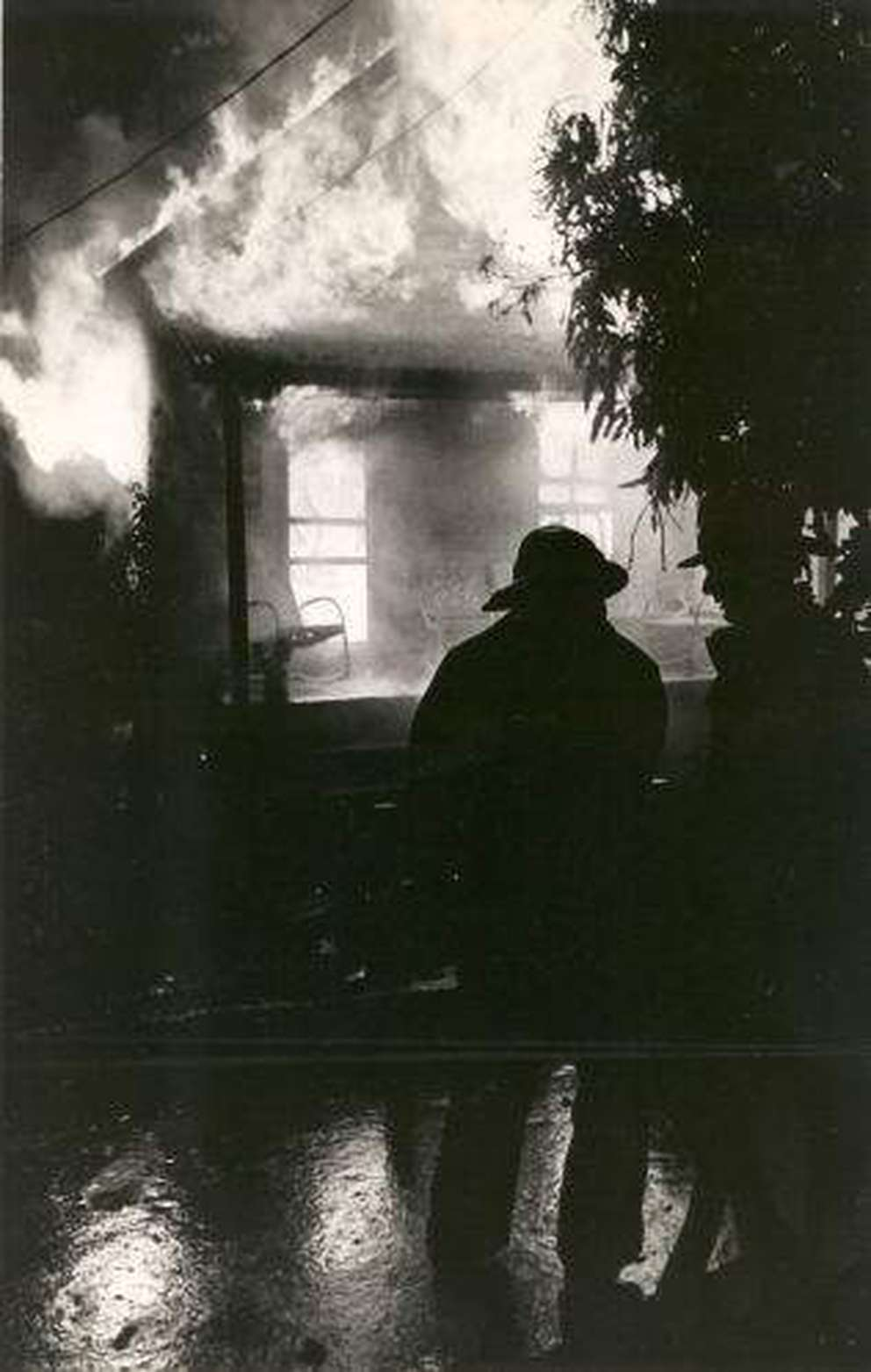 A home burns in June 1967 during rioting along Central Avenue that followed the fatal shooting of a black youth by a white Tampa police officer. (Times 1967)