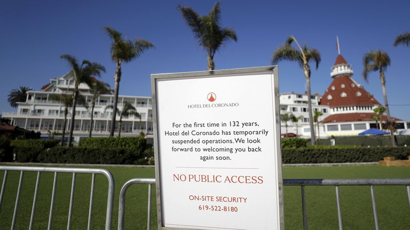 'Tsunami' of hotel closures is coming, experts warn