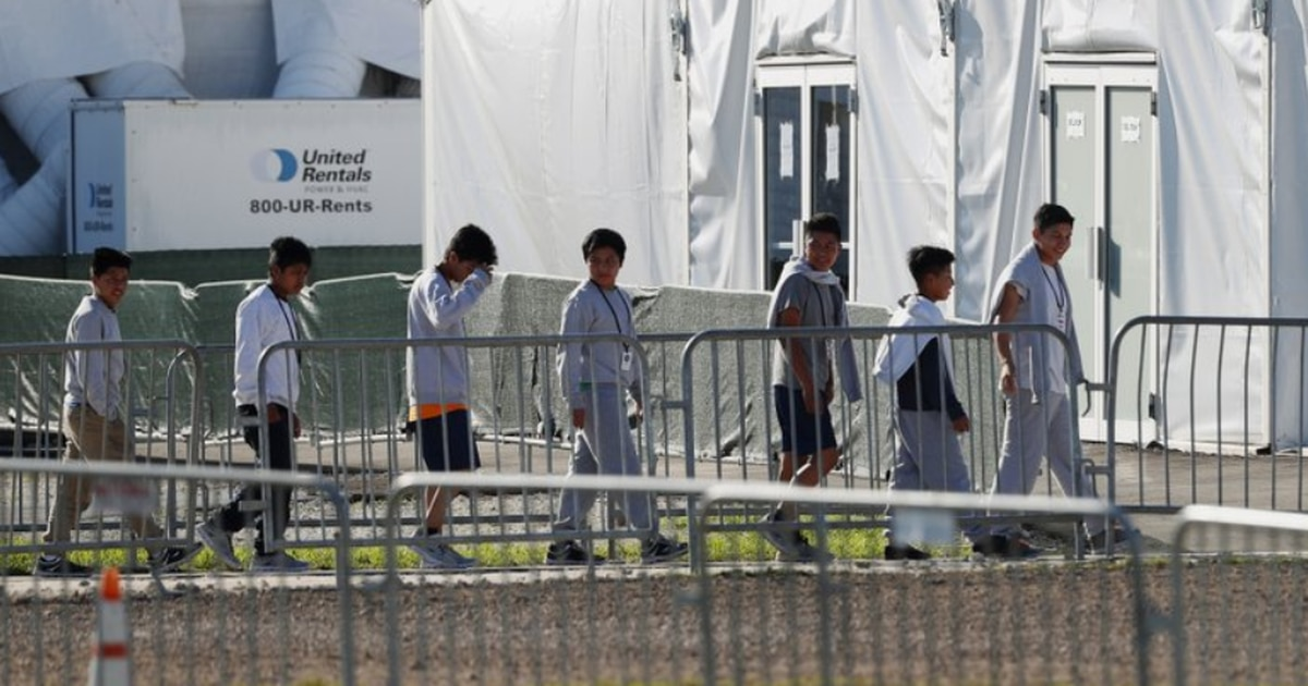 At least 55 children separated from parents were held in Homestead facility, report says