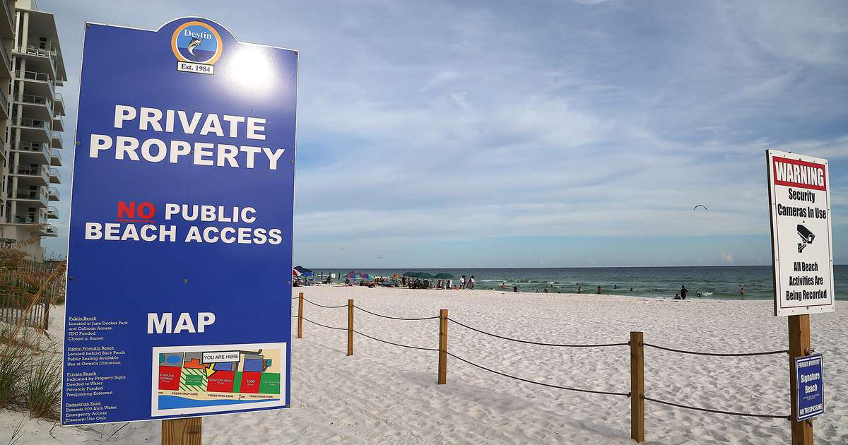Mike Huckabee's role in pushing for controversial beach access law