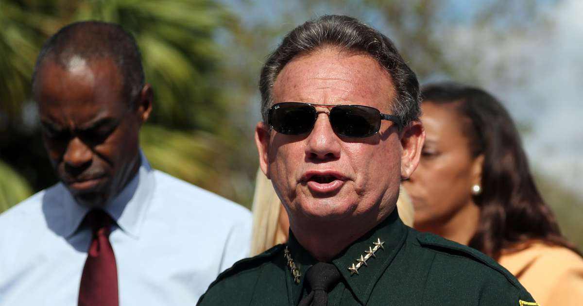 Ron DeSantis wants Scott Israel's suspension hearings over soon. The Florida Senate pushes back.