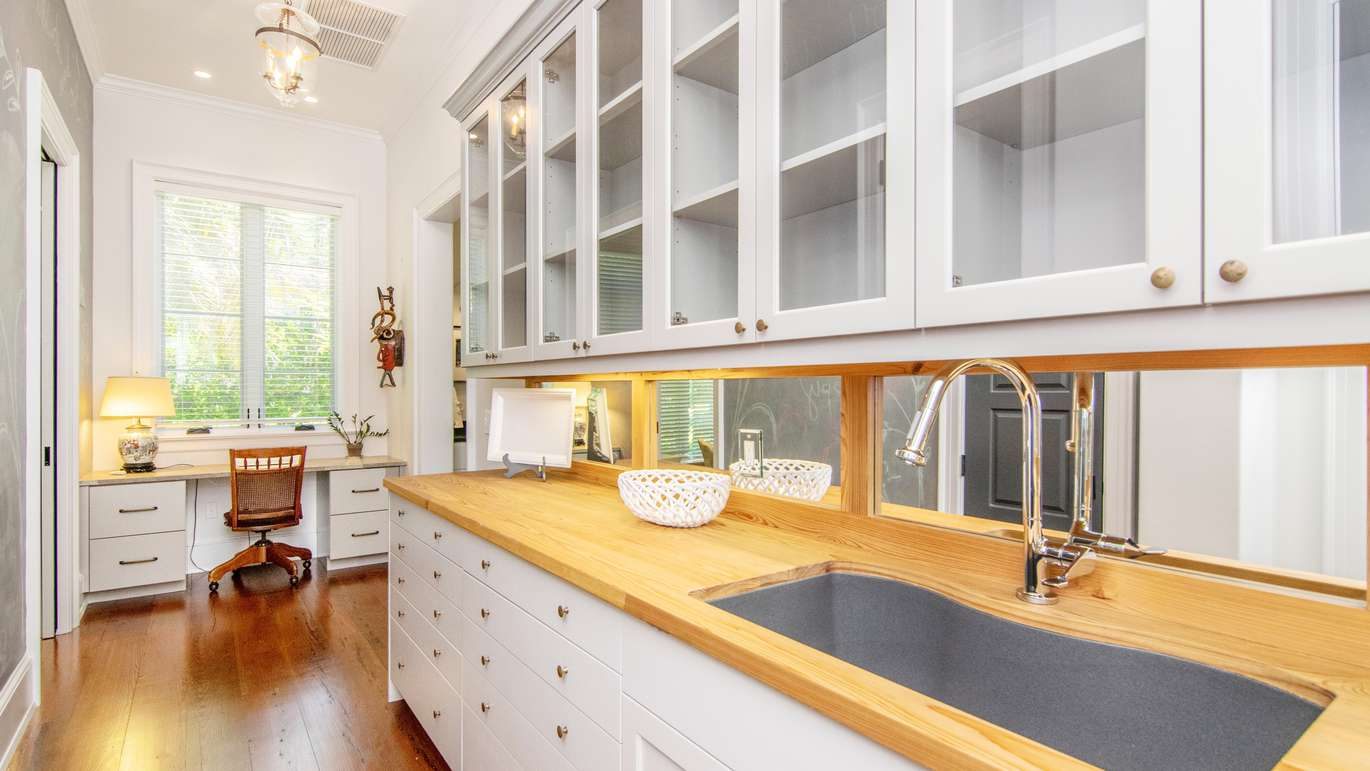 The butler pantry (Courtesy of Judson Brady/Photo Studio Solutions)