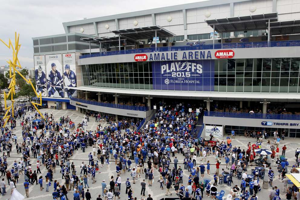 Fans head inside Amalie Arena before the the Tampa Bay Lightning take on the Detroit Red Wings during the 2015 Stanley Cup playoffs. DIRK SHADD | Times
