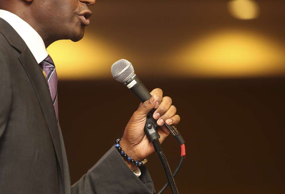 Andrew Gillum speaks at the Pinellas County Democratic Party's Wave to Victory Gala on Saturday, Sept. 22, 2018 in St. Petersburg. MARTHA ASENCIO RHINE | Times