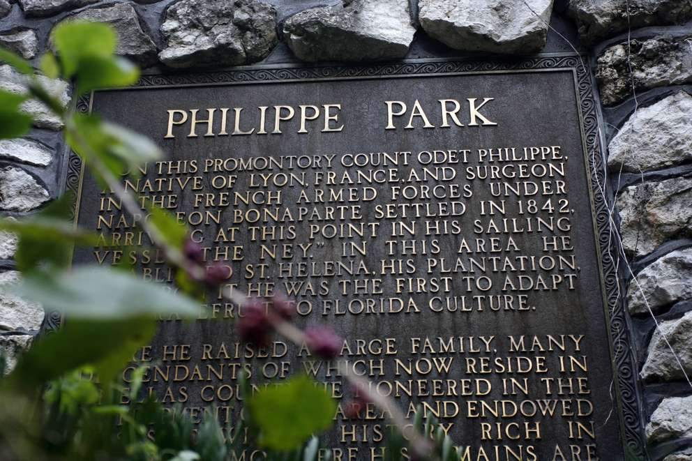 The park sign says Philippe Park, one 'L'. referencing settler Odet Philippe at the county park in Safety Harbor. City maps and press releases say Phillippe, two 'L's.' [Times archives]