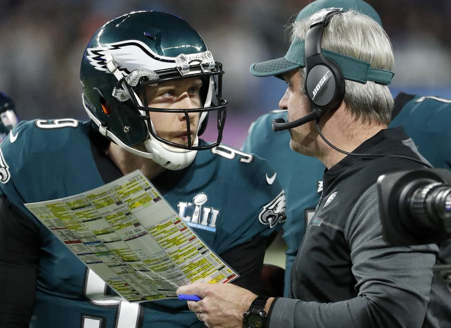 adf3075f Eagles-Buccaneers: Doug Pederson is fearless on fourth down. Will ...