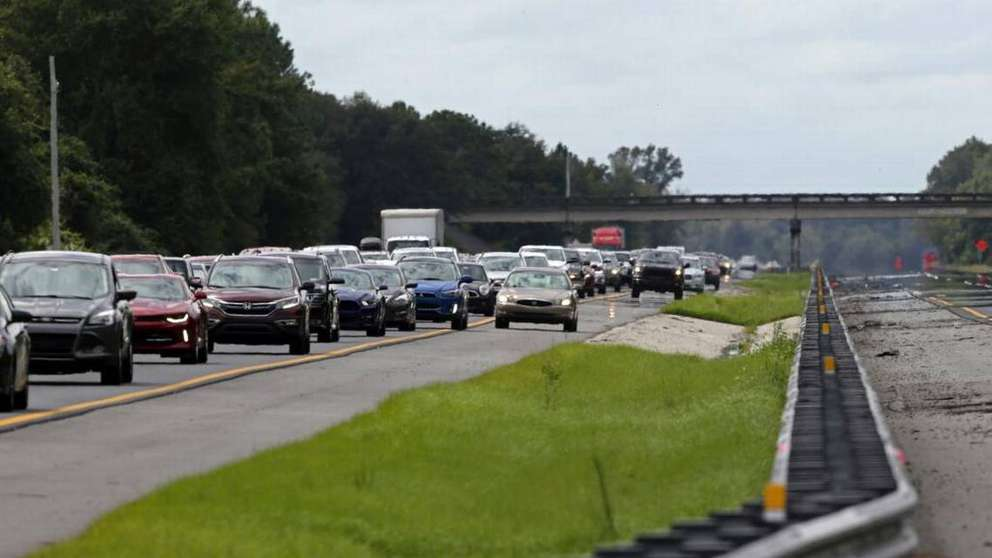 Associated Press (2017) A car rides in the shoulder to pass other cars in evacuation traffic on I-75 N, near Brooksville, Fla., in advance of Hurricane Irma, Saturday, Sept, 9, 2017.