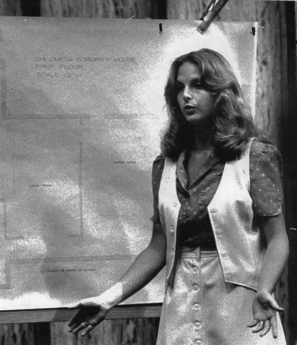 Nita Jane Neary goes over a diagram of the Chi Omega sorority house during her testimony. [Times archives]