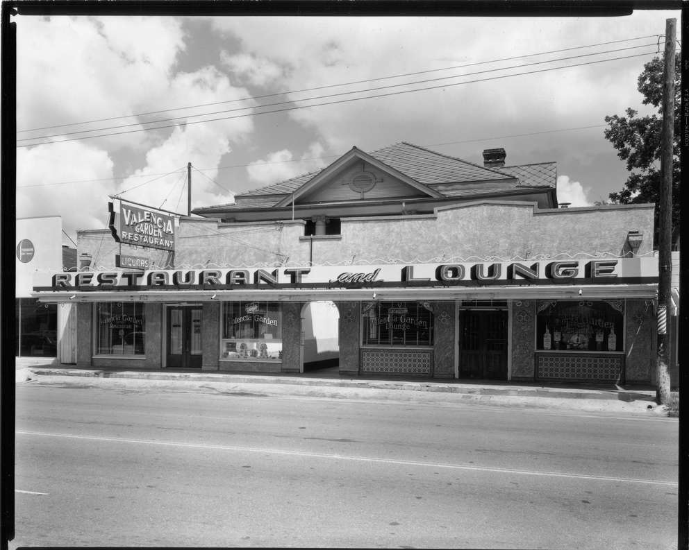 Valencia Garden Restaurant at 811 Grand Central Avenue in October 1952. [Burgert Brothers | Courtesy, Tampa-Hillsborough County Public Library System]