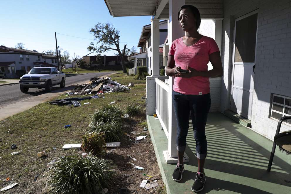 Everyone in Massalina Memorial Homes was asked to leave the storm-damaged public housing complex, but after three weeks at a hotel, Latoya Jackson returned with her two children. [MONICA HERNDON | Times]