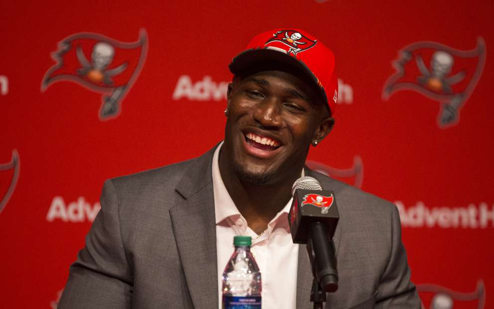 0afb62b42 NFL draft blog  Bucs use six of their eight picks on defensive ...