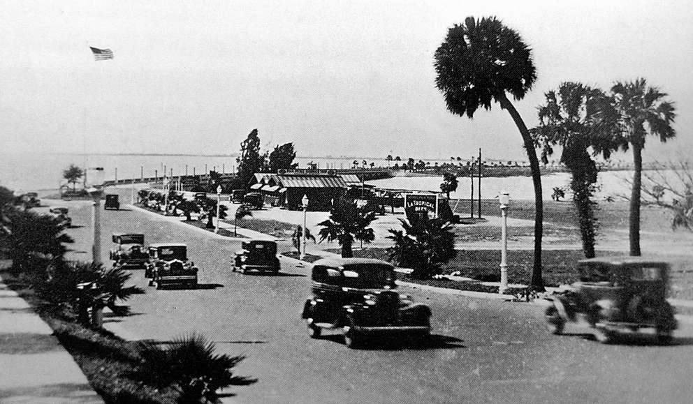 Cars travel along the Memorial Causeway in 1935. This photo depicts a view looking west toward Clearwater Beach. Courtesy of Mike Sanders.