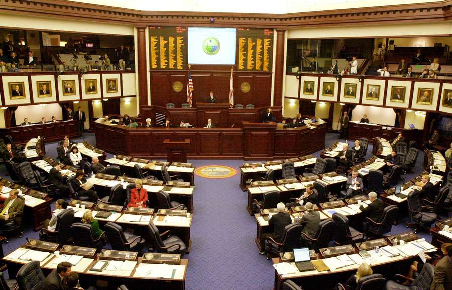 House Senate Bills Would Cut Ed Dept >> Florida House Passes Bill To Require School Districts To Share