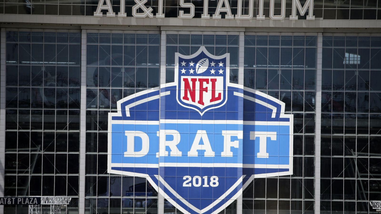 Nfl Draft Date Time Tv Schedule And Draft Order For The April 26 28 Draft