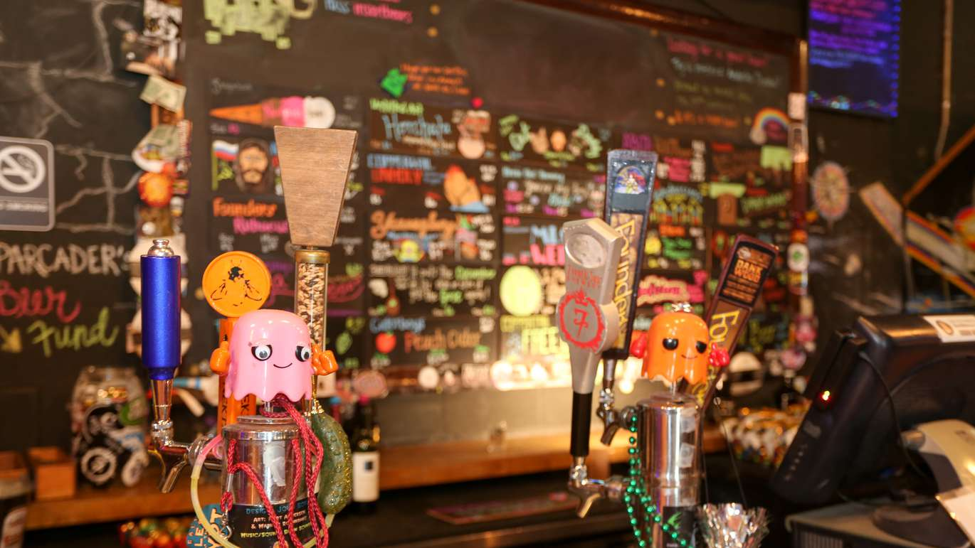 Lowry Parcade in Tampa offers retro arcade games, craft beers, and live events. July 8, 2018. MARTHA ASENCIO RHINE   Times