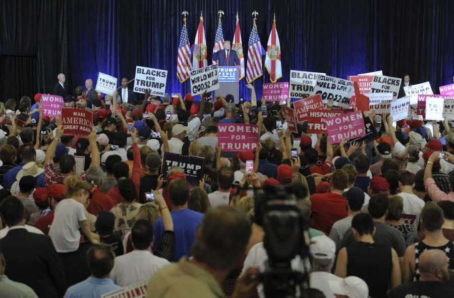 Trump praises Florida Gov. Scott ahead of rally for gubernatorial candidate