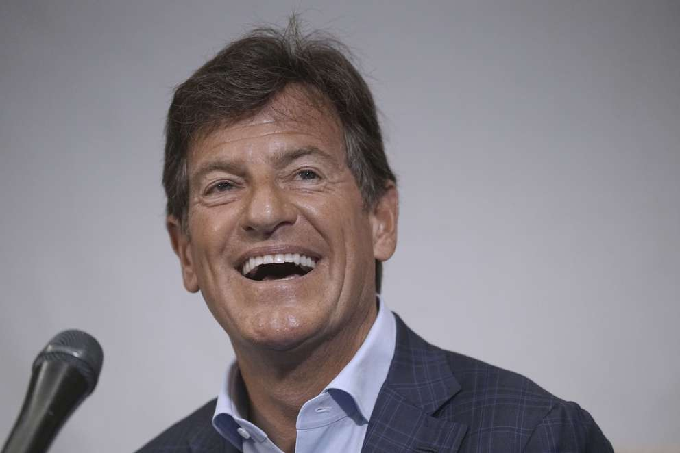 Stephen Bronfman speaking about exploring the prospect of the Rays playing some future home games in Montreal. MARIO BEAUREGARD/LE JOURNAL DE MONTREAL