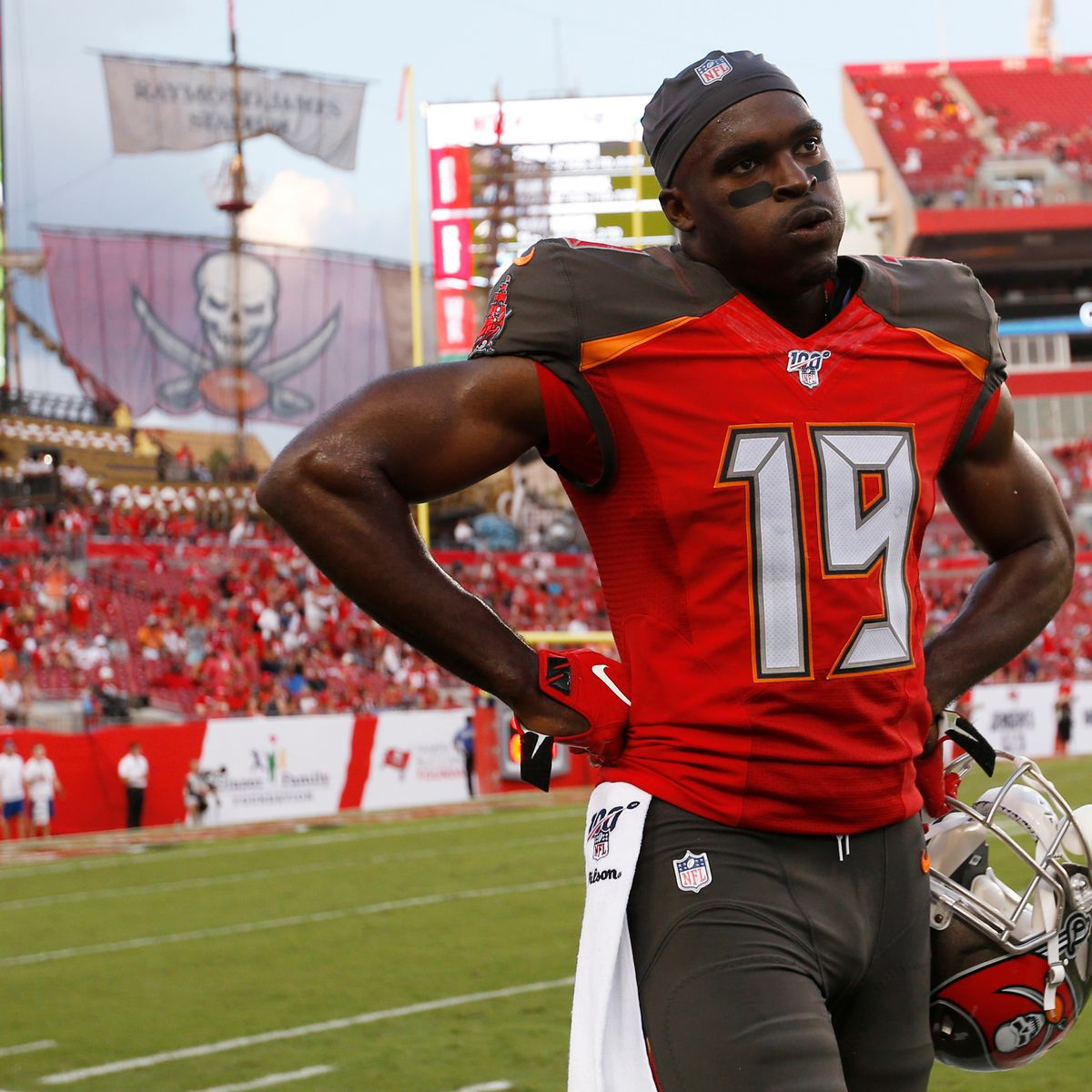The Bucs' Breshad Perriman signing has morphed into a mess